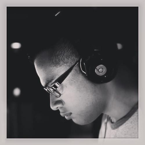 DJ_STUPIFIED's avatar