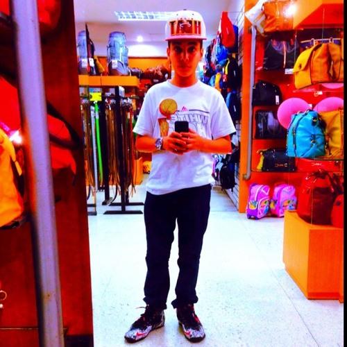 tavo13_'s avatar