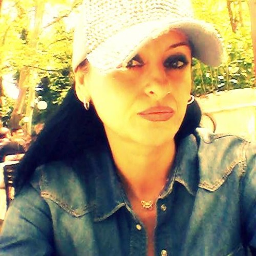 Elizabeth Popovaa's avatar