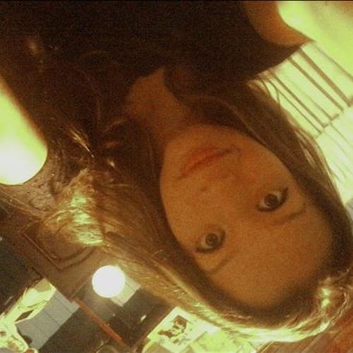 Bruna Oliveira L's avatar