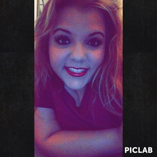 Sasha Reyes 2's avatar