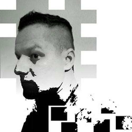 Mika Almeida's avatar