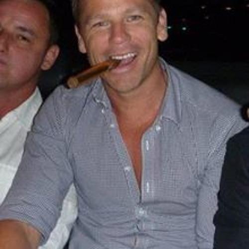 Paul Cannon 9's avatar