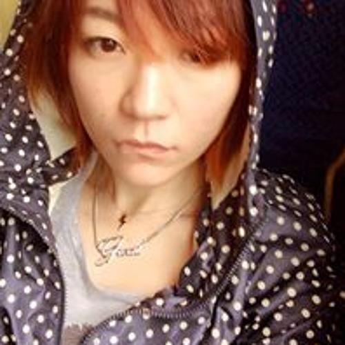 Crystal IC Chang's avatar