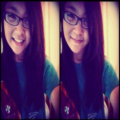 Chloeee15's avatar