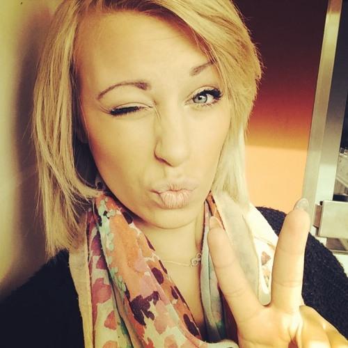 Juliane Knaack's avatar