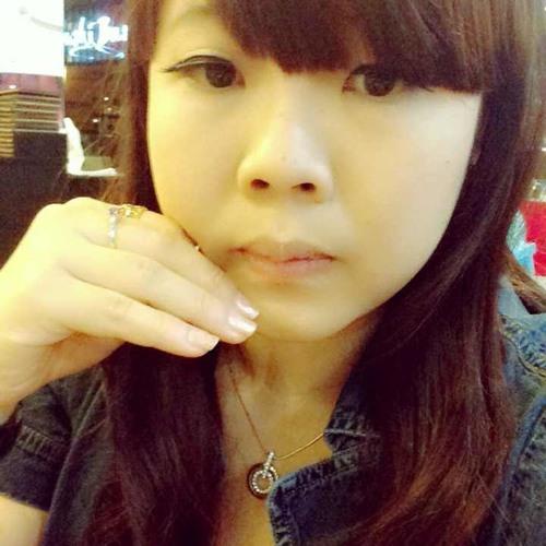 Ailin Erlinda's avatar