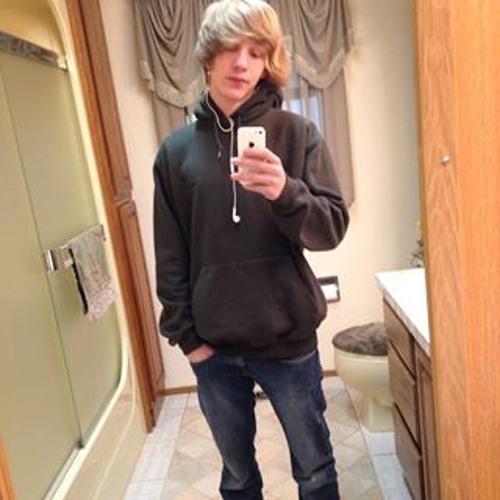 Kyle Fredericks 4's avatar