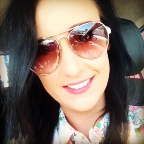 Jessica Dutton 3's avatar
