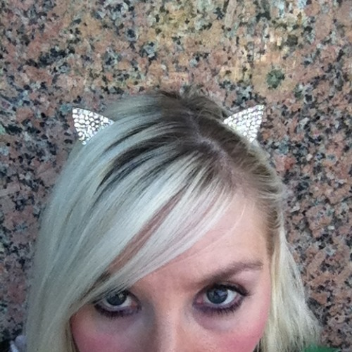 meowlinda4T4's avatar