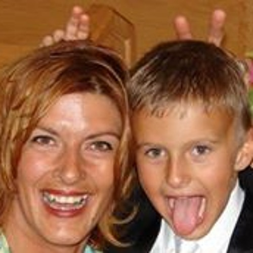 Karla Kopsas's avatar