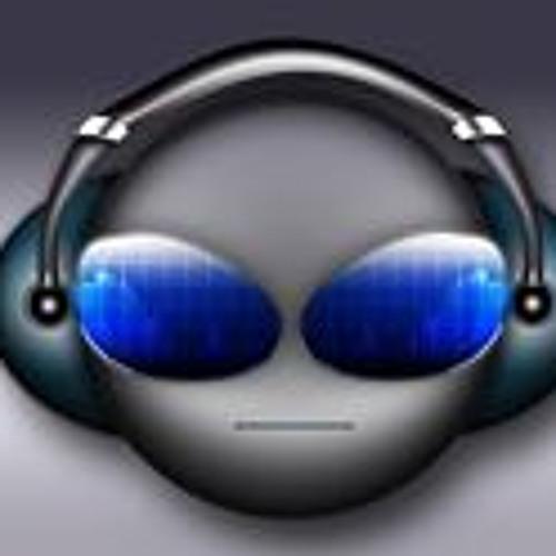 DJ Reignz's avatar