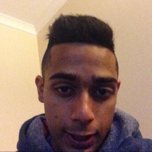 NadeemZ EssaK's avatar