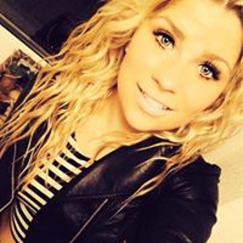 Lynn Louboutin's avatar