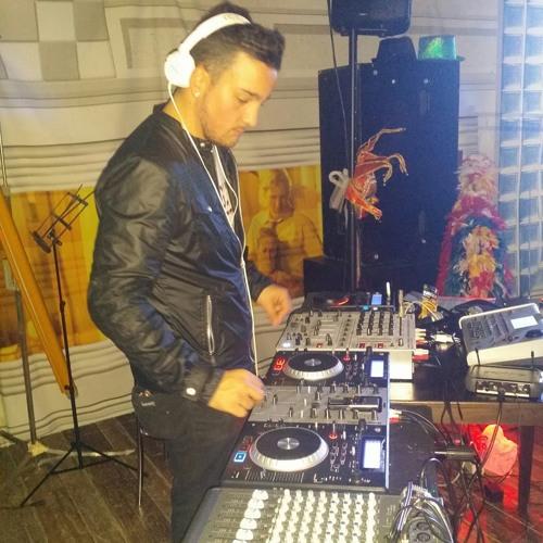 FRANKINO DJ's avatar