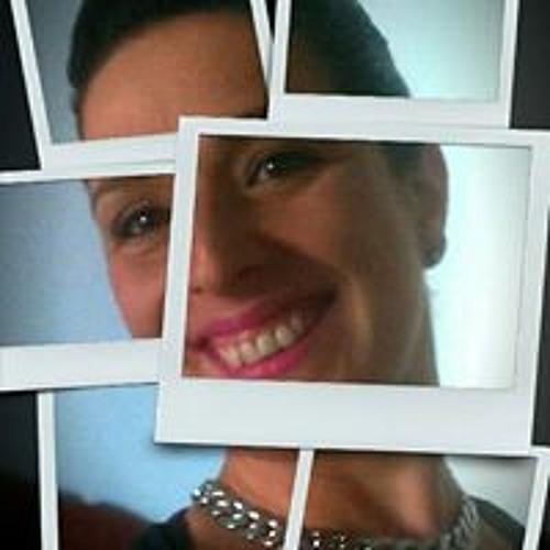 Monica Escaño Vian's avatar