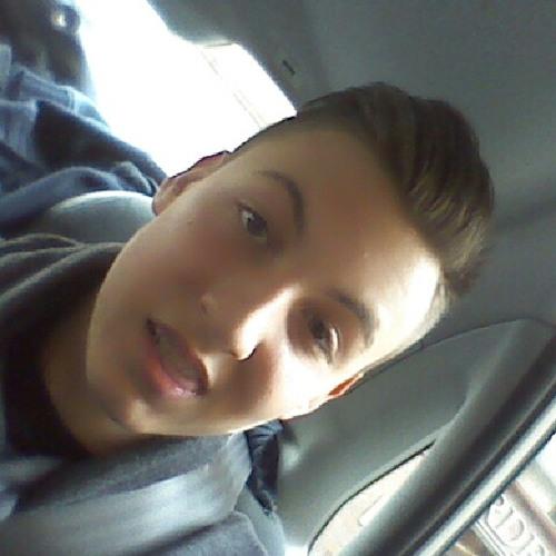 Alejandro Castillo 112's avatar