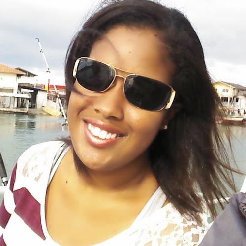 Thaisa Maciel's avatar