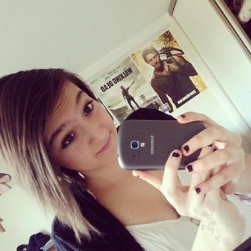 Ashley Carmona's avatar