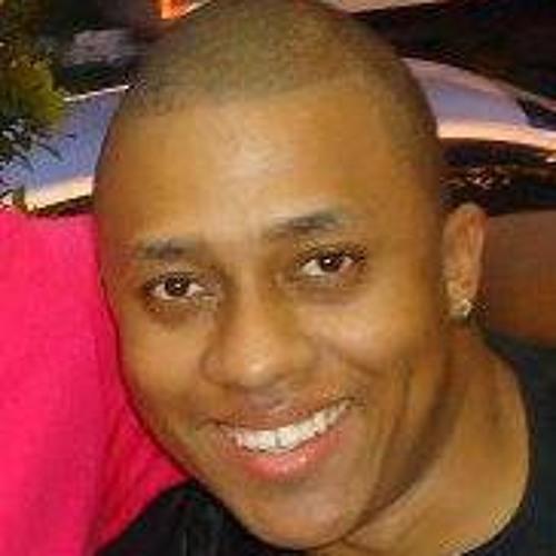 Fe Souza 5's avatar