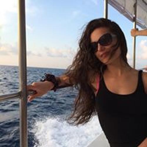 Meri Parvanyan's avatar
