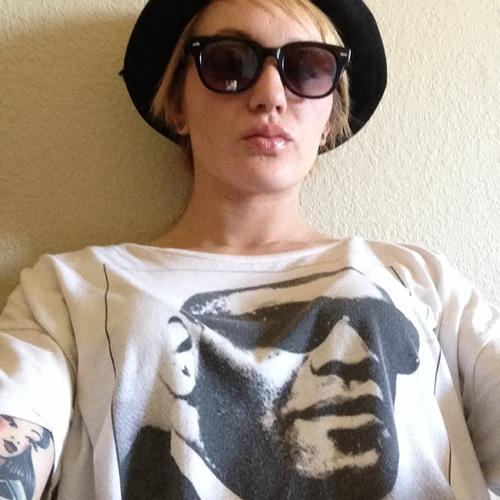 Elena Conway's avatar