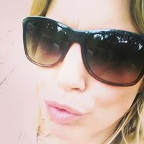 Kerry Marie Jones's avatar