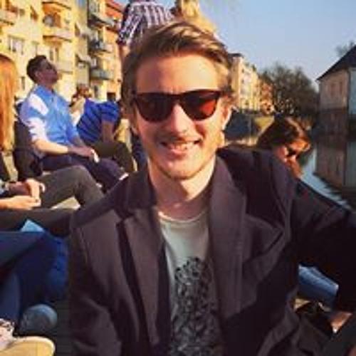 Love Karlsson Enbom's avatar