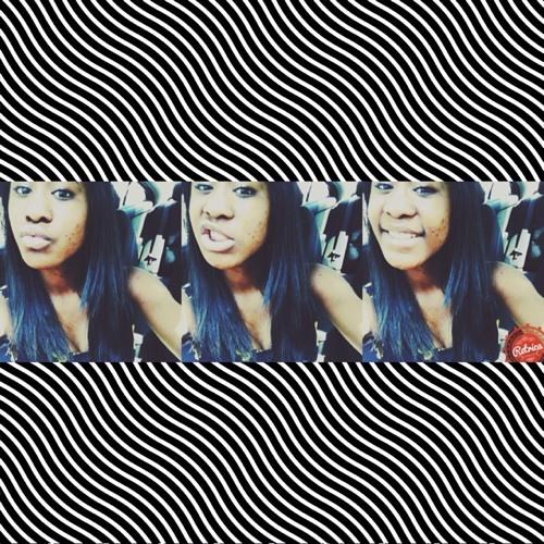 Nayaa.'s avatar