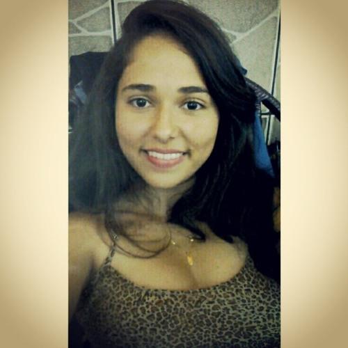Gabriela Azeredo Bastos's avatar