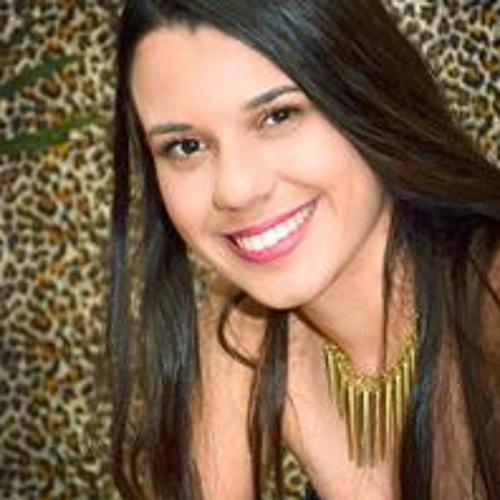 Isabela Frasson's avatar