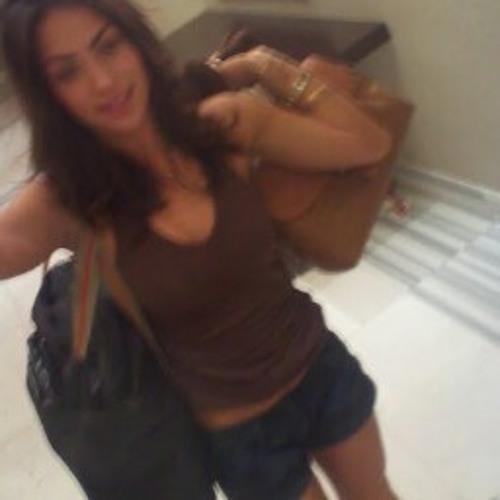 riama deluca's avatar