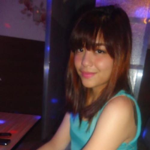 Nastassja Frances Chua's avatar