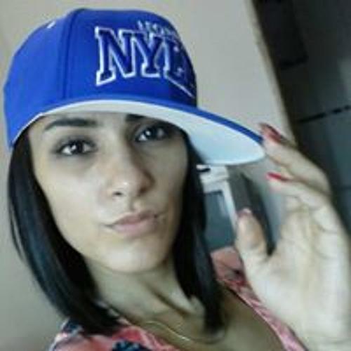 Carol Caetano 6's avatar