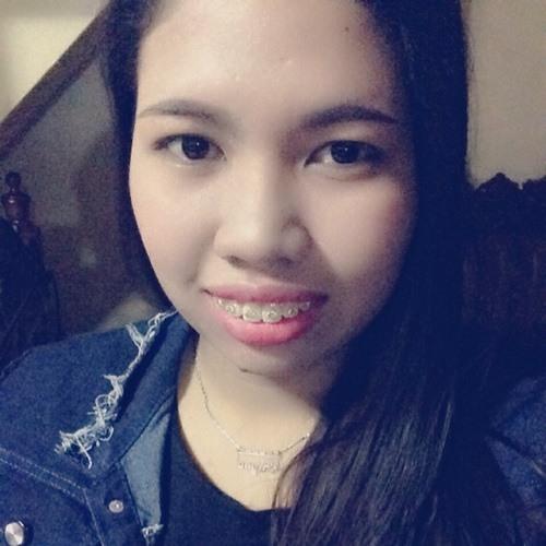 Alysa Robles's avatar