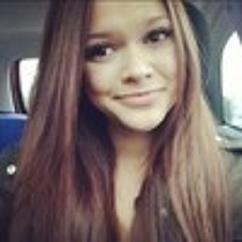 Claudia Komorowski's avatar