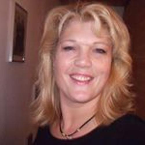 Linda van Oostrum's avatar