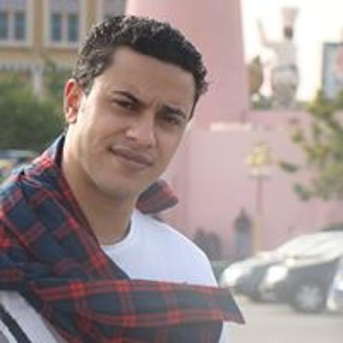 Mina Roushdy 1's avatar