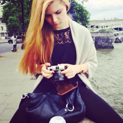 liza em's avatar