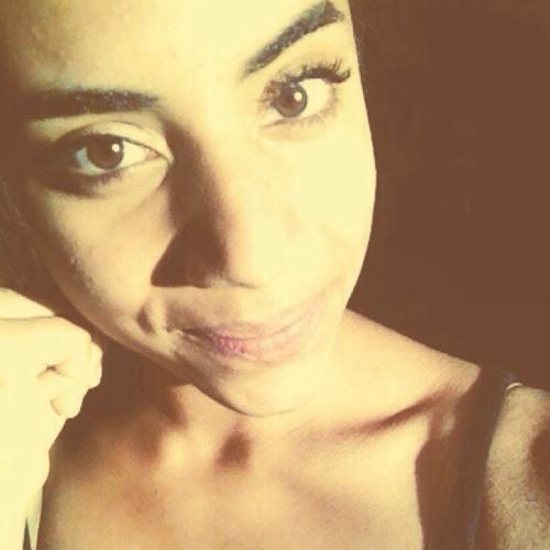 Emilie Nzihou's avatar