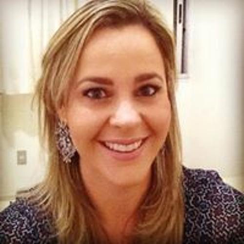 Maria Eugênia Melo's avatar