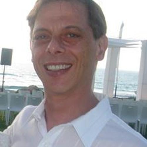 Eyal Golan 1's avatar
