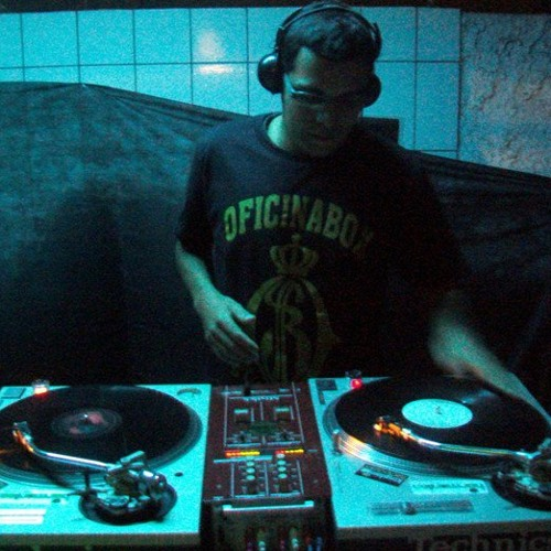 Felipe Fernaci's avatar