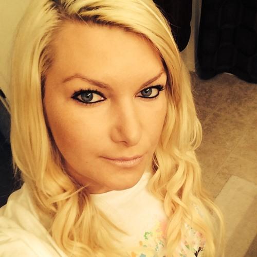 Kristina Ushakov's avatar
