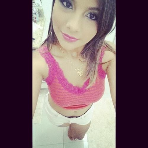 Amanda Ribeiroz's avatar