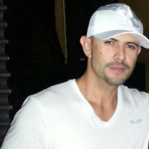 Edward Xavier Segura's avatar