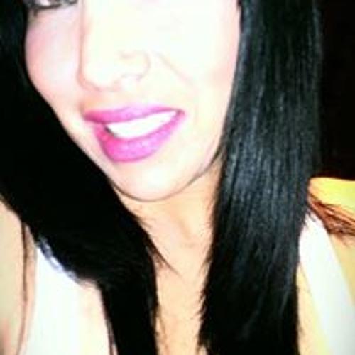 Rose Gomez 4's avatar