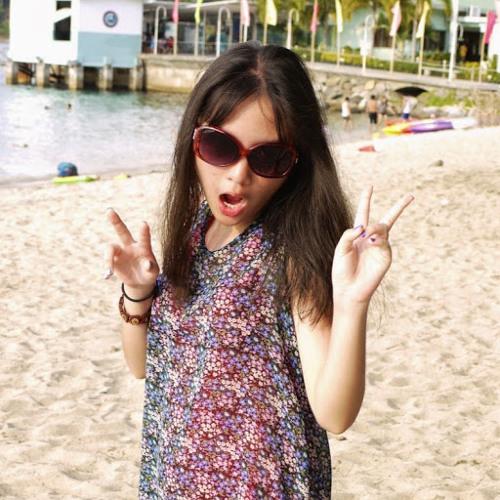 @MaxineeCruz's avatar