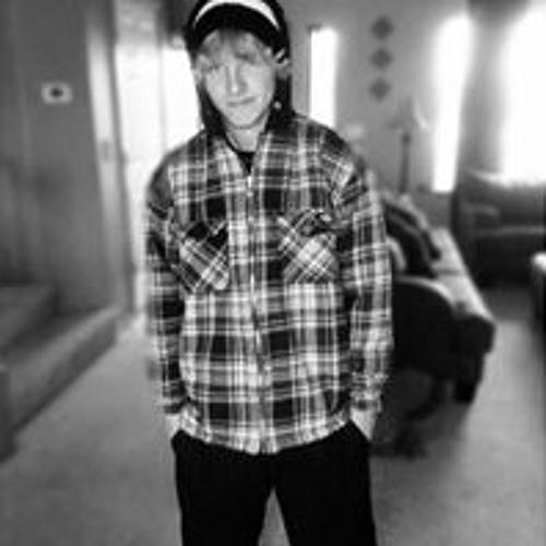 Dallas White 6's avatar