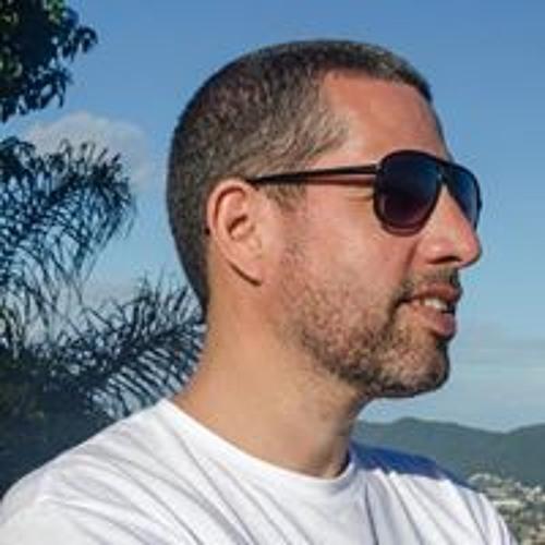 José Antonio Jr.'s avatar
